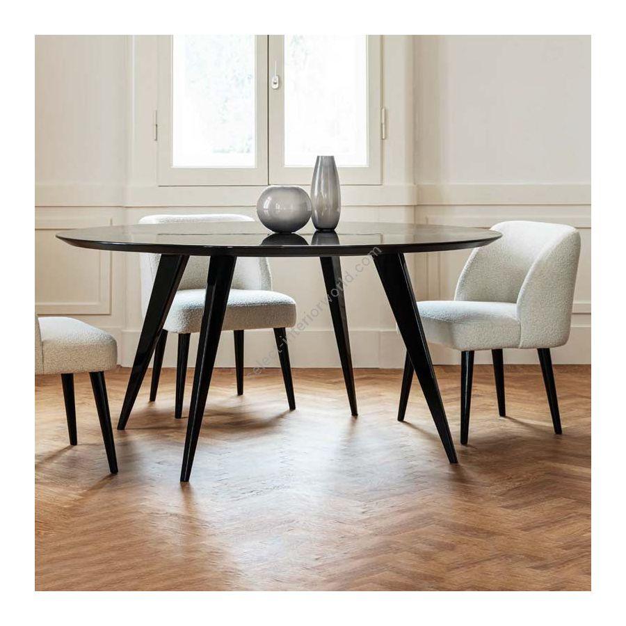 Dinner table / Elliptic base