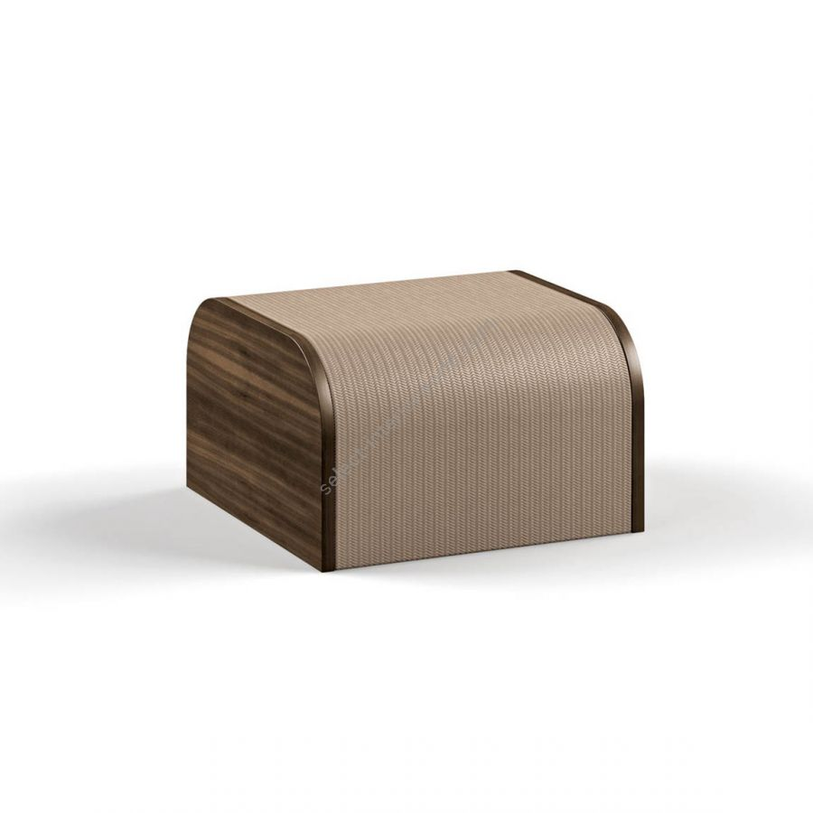 Side table / Leather: PRINTEDTHEMA 5005 / WoodSides: EUCALIPTO SMOKED WATERSILK