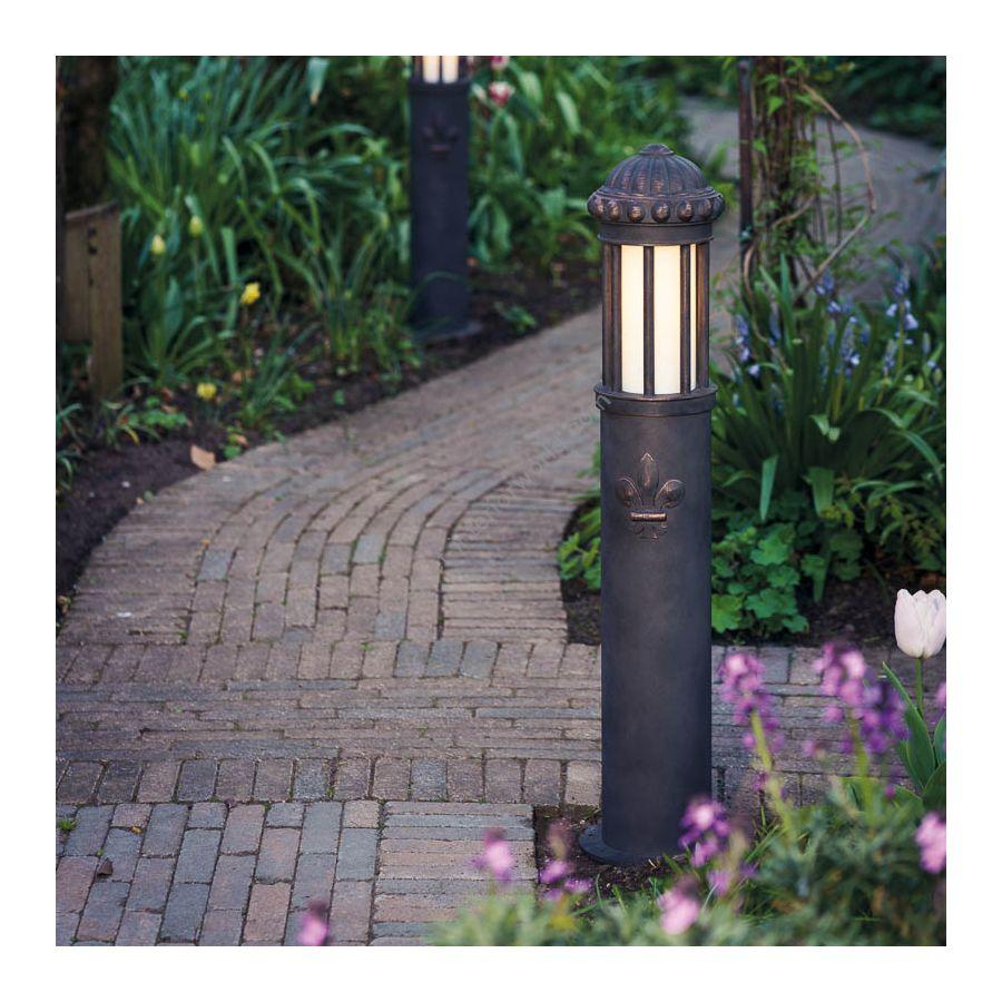 Post lamp / Old copper finish