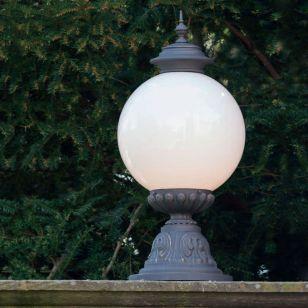 Robers / Outdoor Pedestal Lamp / AL 6863