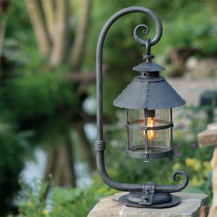 Robers / Outdoor Pedestal Lamp / AL 6001